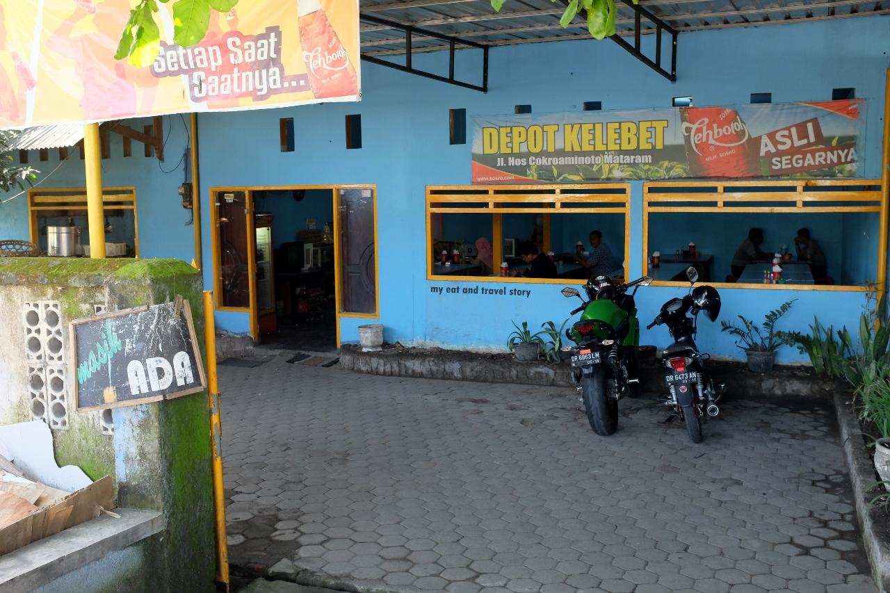 Makan Tulang di Depot Kelebet (Mataram) – my eat and travel story