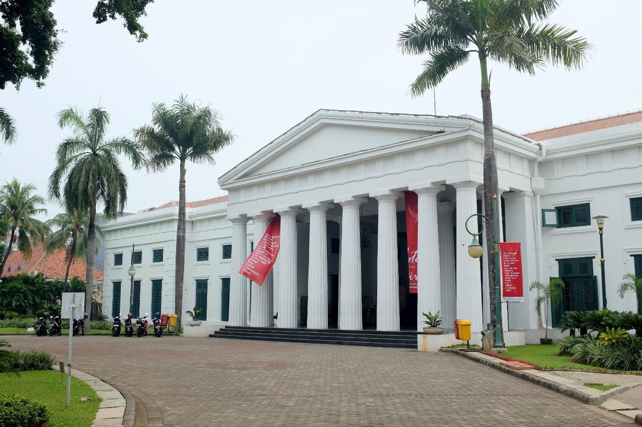 Menelusuri Sejarah Seni Kita Di Museum Seni Rupa Dan Keramik