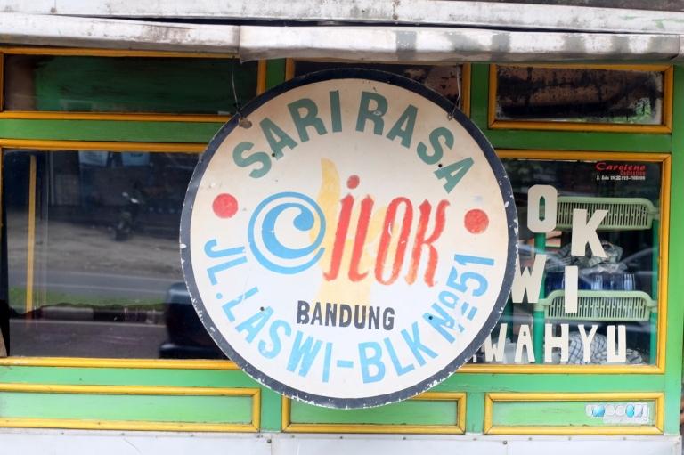 Makan Cilok Sari Rasa (Bandung) – my eat and travel story